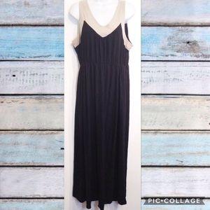 PLUS SIZE Neutral Color Block Maxi Dress